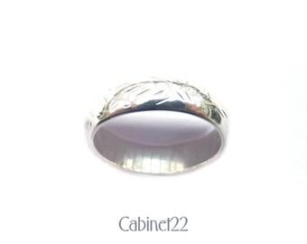 Sterling silver engraved foliate ladies vintage ring ~ Cabinet22