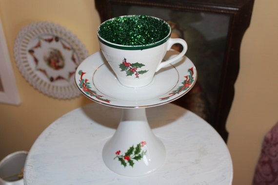 Vintage christmas tea cup centerpiece or candle holder