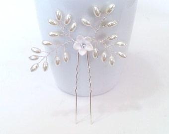 White Pearls hair, Bridal hair accessories, Bridal hair piece, Bridal hair pin, Bridal hair accessories Swarovski Pearls