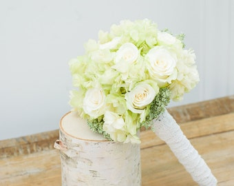 Wedding bouqet roses and hydrangea, dried and preserved flowers, bridal bouquet,  bridesmaids bouquet, white and green flowers, sage green,