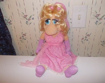 vintage miss piggy doll