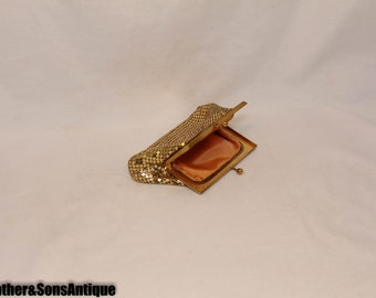 WHITING & DAVIS Beautiful Gold/Peach coin Purse!