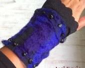 Purple/Black armcuffs 'Maleficent' - Onyx, felt, velvet - Witch - Gothic - Fantasy - Cosplay
