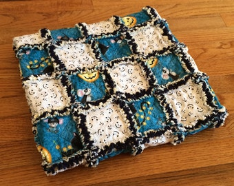"Blue and White Pumpkins Mice and Cats Rag Quilt | 32"" x 40"""