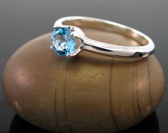 Ring topaz, swiss blue topaz ring, topaz ring - size 7, sterling silver topaz ring - December Birthstone Ring, swiss topaz ring, swiss