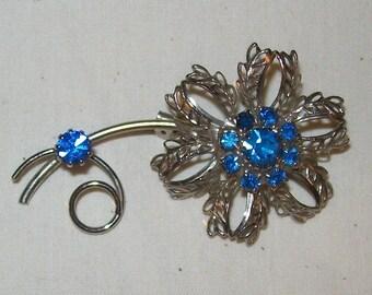 Brooch - Pin Vintage Tin Flower