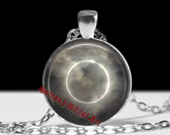 Solar eclipse pendant, occult wiccan pendant, ritual necklace, magic talisman, esoteric jewelry, ceremonial magick, amulet lamen #153
