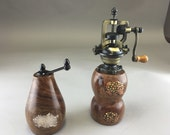 Antique Style Salt and Pepper Shakers (set)