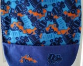 Boy';s Special Needs Waterprooof Clothes Protector/Bib