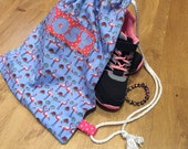Handmade Personalised lingerie bag hanging bag pump bag washing bag lined bag PE bag. Flamingo drawstring gym bag toiletry bag.