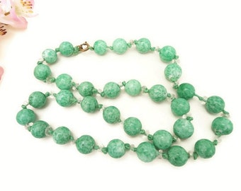Vintage Green Bead Necklace, Long Green Necklace, Green Beaded Necklace, Green Glass Bead Necklace, Peking Glass Beads, 1920s Jewelry