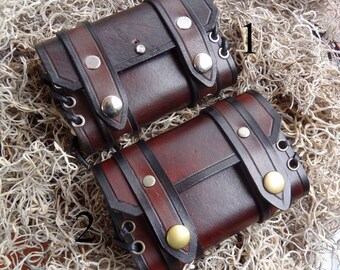 Hand Crafted Leather Altoids Tin Wrap Belt Pouch Bushcraft, Fishing, Fire Tin, Urban EDC, Mens, Womens Gift, cosplay