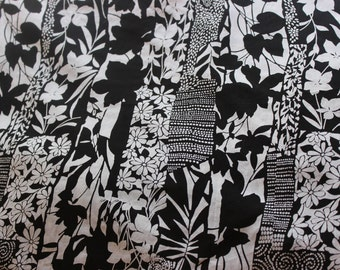Black White Cotton Fabric, Cotton Cambric Fabric by the Yard, Cotton Yardage, Yardage, Paisley Fabric