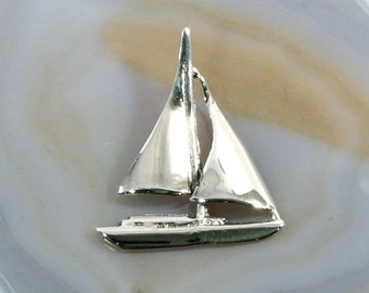 Sailing yacht pendant 925 sterling silver