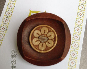 Stylish Wooden Button Brooch