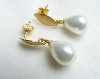 Studs small gold Pearl