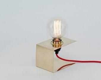 LJ LAMPS Zeta simple - brass lamp