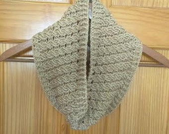 Clonmore Cowl in Gold