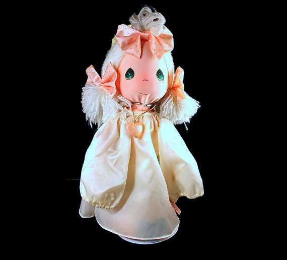 Precious Moments Angel Doll The Lord Is Good 14 inch with Stand