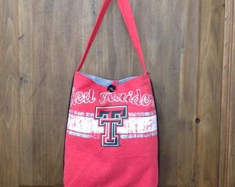 Texas Tech cross-body bag, Red Raider lined messenger bag, red and black gameday tote  bag, t-spirit spirit bag, athletic cross-body purse