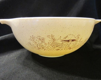 Vintage Pyrex Forest Fancies Cinderella Bowl