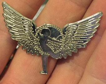 Silver HoopWings - Hooping Hat pin