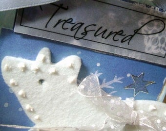 Tag Art Mixed Media Winter Polar Bear - Kitsnbitscreations