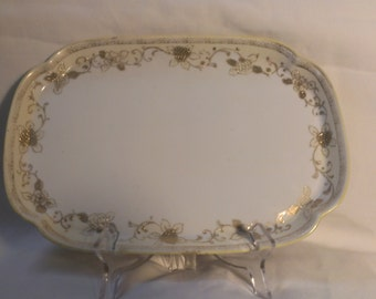 Nippon Tray, Beige and White with Gold accents (596)