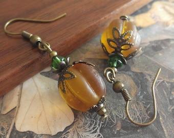 Pumpkin Halloween earrings - fall autumn earrings