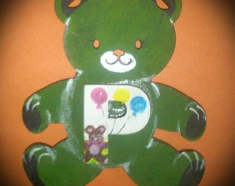 Party Bear with balloons in green