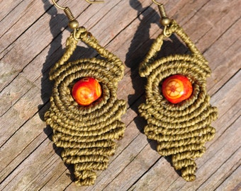 Macrame with a wooden bead earrings.