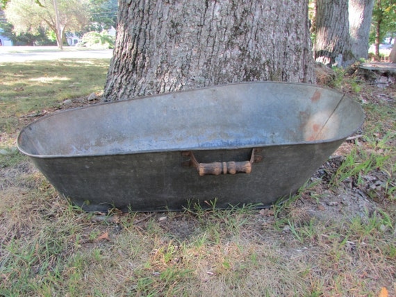 Antique Galvanized Metal Baby Wash Tub With Wooden Handles