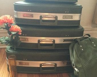 4 Green Vintage Luggage Suitcases + Luggage Bag