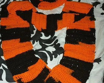 Sports Beanie & Scarf Combo- Adult
