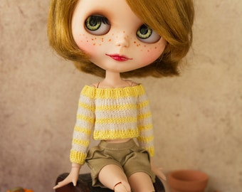 Blythe sweater and leg warmers set, yellow and white stripes