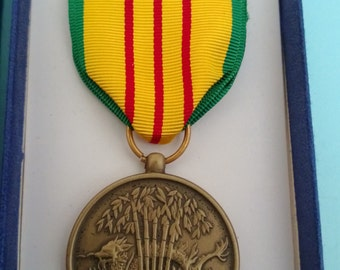 Vietnam Service Medal in Box Free Shipping