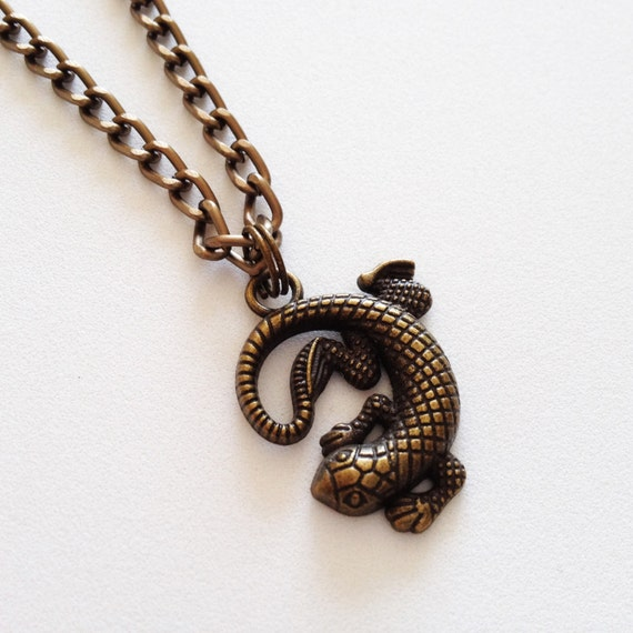 lizard necklace lizard pendant charm chain necklace 3d by