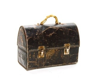 Antique Metal Lunch Pail Old Work Lunch Box Thermos Holder Distressed Lunch Pail Bootlace Handle
