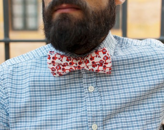 Bow 7. Vespa time. Handmade bowtie made with high quality printed fabric.
