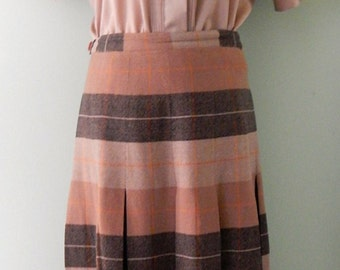 Vintage 1950's Plaid 'New Look' Style Skirt By Dereta of London