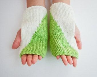 Half & Half Fingerless Gloves - SIZE: XS-S