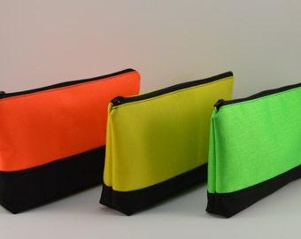 Cordura zipper Pouch. Trousse de toilette. Pencil case. Handmade. Bright colors. Canvas pouch. Travel pouch.make up bag