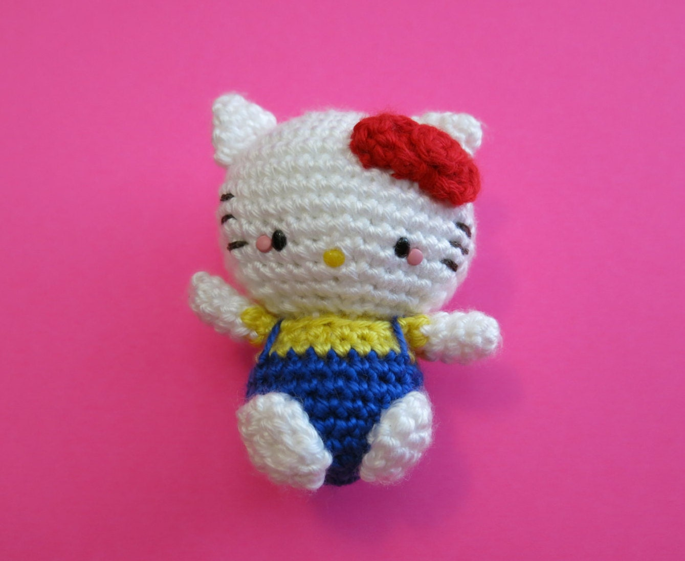 Crochet Hello Kitty Amigurumi Doll