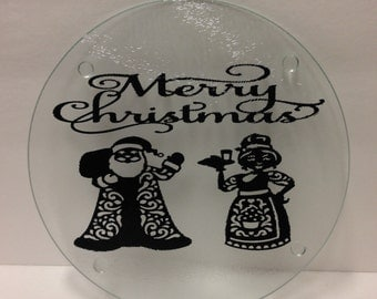 "Glass Christmas Mr. & Mrs. Clause Cutting Board, Holiday Cutting Board, 7.75"" Round Cutting Board, Merry Christmas Decor, Christmas Decor"