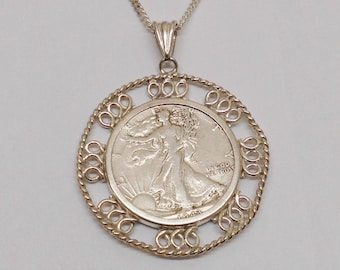 Old necklace pendant silver in filigranger version of silver 835, trailers 1943 half dollar Liberty 900 silver collectible SK260