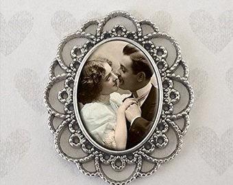 Custom Made With Your Photo! Silver Oval Vintage Style Wedding Bouquet Charm