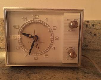 General Electric Alarm Clock Model # 7346 Vintage Midcentury Modern