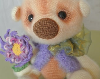 Brown Bear. Handmade. Amigurumi. Gift for children.