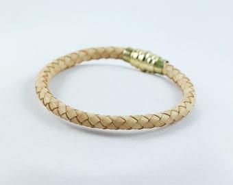 Bracelet , Leather bracelet , Braided leather bracelet ,  Magnetic  bracelet, Magnetic clasp bracelet , Womens bracelet