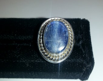 Kyanite and sterling silver oval ring, size 7.